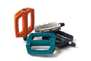 Eclat2012 Slash Pedals
