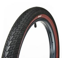 Eclat Escape Tyre Black/Red Wall 2.1""